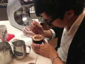 Latte artist Kohei Matsuno  - https://twitter.com/latte_artist_jk
